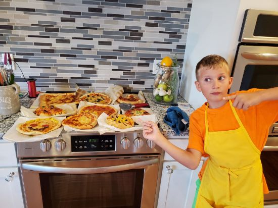 Picture of 12/10 - Kids' night out - pizza and apple tart edition